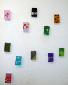 Monika Mori, Cigarette boxes, Maria Enzerdorf (A), 2011, painted cigarette boxes, 13 objects 9 x 5,5 x 2cm Recycling