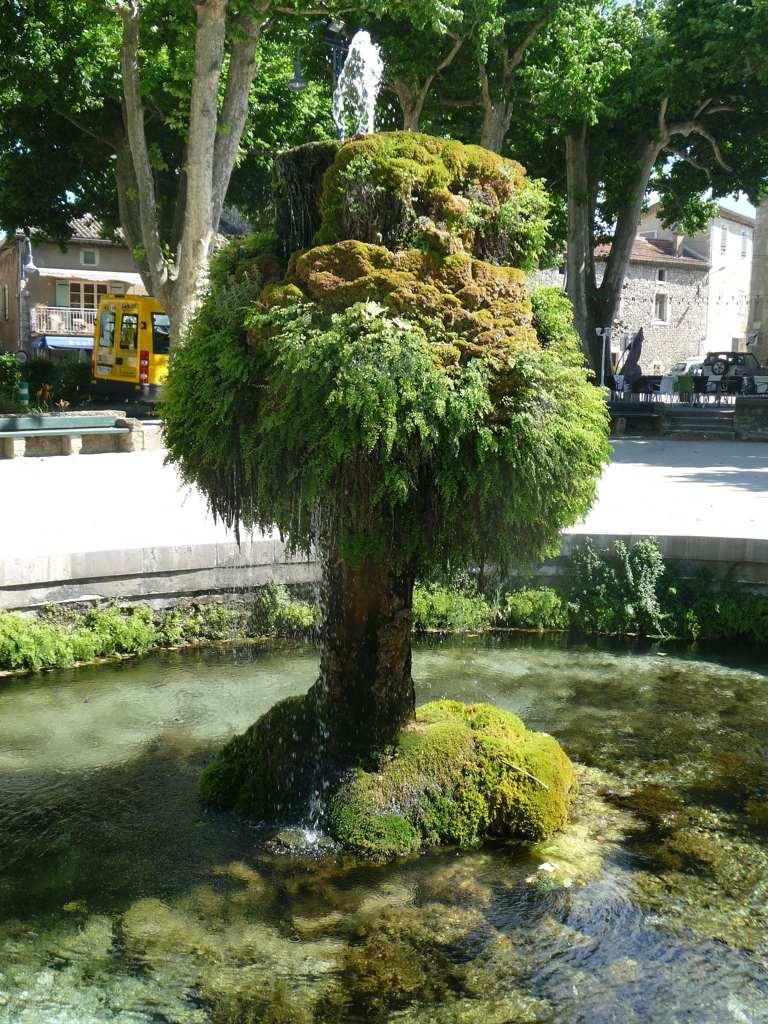 Ewiger Brunnen, (C) T.A. Endless Summer